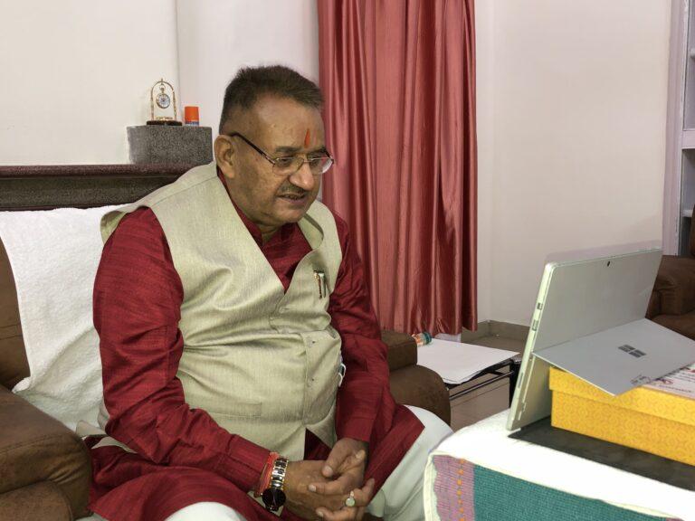 काबीना मंत्री गणेश जोशी ने 'सेरागांव' और 'गंगोल पंडितवाड़ी' के ग्रामीणों से किया संवाद